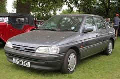 J738 FCL (1) (Nivek.Old.Gold) Tags: 1992 ford escort lx 16v 5door 1597cc busseys norwich