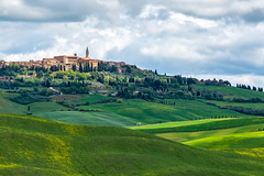 Pienza, Italy in morning light (sharon.verkuilen) Tags: sonya7rii italy tuscany valdorcia pienza