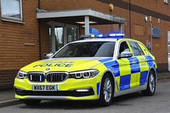 WX67 EGK (S11 AUN) Tags: avon somerset police bmw 530d 5series xdrive estate touring anpr traffic car rpu roads policing unit 999 emergency vehicle triforce wx67egk