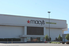 Macy's Signage Before Removal (ChrisSirrine) Tags: university mall place orem utah macys store closing closure close