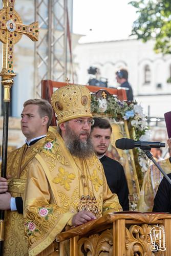 Літургія-князя-Володимира-24-684x1024