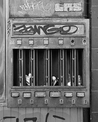 Der Automat (ekech) Tags: ishootfilm istillshootfilm film filmisnotdead buyfilmnotmegapixels analog analogue largeformat grosformat industrial intrepid intrepid4x5mk4 fujinonw135mm foma fomapan fomapan200 supergrain blackwhite schwarzweiss monochrome