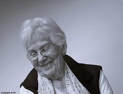 Happiest woman, 92 age (regina.w) Tags: vieillissement joie femme woman age happy joy laughing joyeuse grace