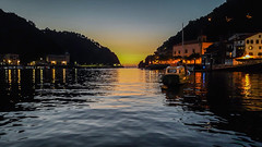 Bocana del puerto de pasajes (dcdc887) Tags: españa paisaje landscape sunset sunrise atardecer amanecer cielo mar sea sky horizon port water agua light