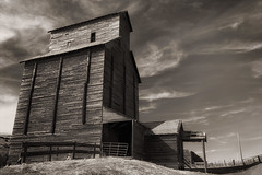 Rice Elevator Company (Ian Sane) Tags: ian sane images riceelevatorcompany riceoregon oregon abandoned wood grain elevator blackwhite monochrome architectural photography rural wasco county highway 197 canon eos 5ds r camera ef1740mm f4l usm lens monochromemonday