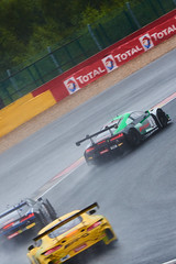Wet start, 24 hours of Spa Francorchamps, 2019 (Thibault Gaulain) Tags: nikon d7200 tamron 100 400 100400 belgium belgique spa francorchamps circuit track sport course race racing voiture car auto automobile outdoor outside blancpain endurance series sro battle fight intercontinental gt challenge pirelli tyre tyres wing racecar downforce 2019 24 24h heures pluie rain weather wet pro am proam water été summer clouds fence gt3 start audi r8 mercedes amg bruxelles rivage hairpin