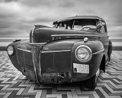 Old timer E in B&W (Drummerdelight) Tags: oldtimer car lowpov wenduine retro