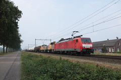 189 078, 2x 6400 met UC te Horst Sevenum (vos.nathan) Tags: horst sevenum hrt br 189 baureihe deutsche bahn db dbc cargo 6400 6467 6403 078
