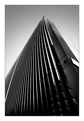 City of London building (Jean-Louis DUMAS) Tags: architecte architecture london londres tower tour building nb blackwhite noiretblanc noir bw