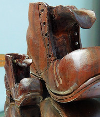 Two boots (shercredeur) Tags: macro wood carved boots macromondays hmm macrodreams unclecharles reflection