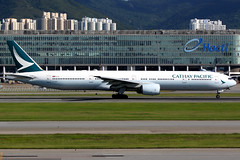 Cathay Pacific | Boeing 777-300 | B-HNP | Hong Kong International (Dennis HKG) Tags: aircraft airplane airport plane planespotting oneworld canon 7d 100400 hongkong cheklapkok vhhh hkg cathay cathaypacific cpa cx boeing 777 777300 boeing777 boeing777300 bhnp