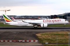 Ethiopian Airlines   Airbus A350-900   ET-ATR   London Heathrow (Dennis HKG) Tags: aircraft airplane airport plane planespotting staralliance canon 7d 70200 london heathrow egll lhr ethiopianairlines ethiopian eth et airbus a350 a350900 airbusa350 airbusa350900 a359 etatr