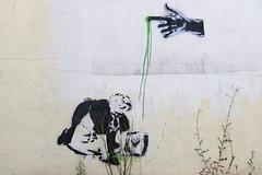 New street art (Elbmaedchen) Tags: streetart hamburg urbanshit grafitti tag stencil urbanism streetartists strasenkunst banksy schablonengrafitto