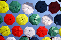 IMG_1887_DxO_DxO (baobabse) Tags: architecture atlantique bass branch quebec street view art travel voyage ombrelar parapluie pluie