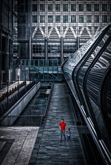 Canary Wharf in Red (paulbnashphotography (ARPS)) Tags: canary wharf street streetphotography streetphoto london londonphoto londonbaby londoncity city capital red canada onecanada londoncitycapital capitalcity photography photo