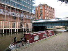 Nottingham Canal, July 2019 (Dave_Johnson) Tags: nottsbeestoncanal nottsbeeston nottinghamcanal canal britishwaterways waterways castlewharfe bridge wharfe