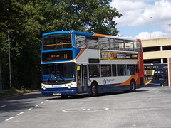 Stagecoach TransBus Trident (TransBus ALX400) 18127 KN04 XJB (Alex S. Transport Photography) Tags: bus outdoor road vehicle stagecoach stagecoachmidlandred stagecoachmidlands alx400 alexanderalx400 dennistrident trident route14 unusual 18127 transbustrident transbusalx400 kn04xjb