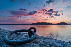 Mooring ring (englishgolfer) Tags: sweden sverige west coast västkusten bohuslän sea water islands sunset nikon d7500 tamron 1750mm