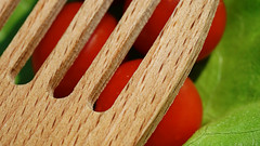 WLT for MM 'Made of Wood' (Wim van Bezouw) Tags: madeofwood macromondays wood tomatoe letuce blt wlt macro
