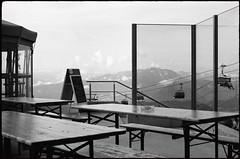 Treffen (Harald Reichmann) Tags: gerlitze treffen landschaft tourismus berg analog film olympusom4