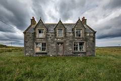 Derelict Croft on the Isle of Lewis - Outer Hebrides (Craig Hannah) Tags: derelict croft farmhouse abandoned neglected decay derelictbuilding isleoflewis lewis outerhebrides scotland craighannah weaverscroft canon islands july 2019 photography building cottage sky clouds