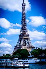 La Tour... (gabriel.gallozzi) Tags: tour effeil torre tower paris iron france