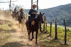 Cavaleiros (Ars Clicandi) Tags: bocainademinas minasgerais brasil brazil itatiaia parque nacional parnai national park montanha mountain travessia serra negra cavalo cavaleiro horse
