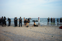 Search (dtanist) Tags: nyc newyork newyorkcity new york city sony a7 7artisans 35mm brooklyn coney island beach sand sea shore search rescue missing police nypd fdny firefighters