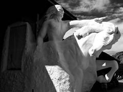 Crazy Horse in BW (Robert Cowlishaw (Mertonian)) Tags: mertonian canonpowershotg1xmarkiii robertcowlishaw canon powershot g1x mark iii crazyhorse statue southdokata roadtrip2019 shadows blackandwhite bw light dark