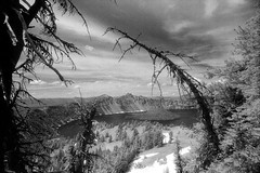 Crater lake from Garfield Peak Trail (bac1967) Tags: kodak kodakfilm kodakhie kodakhieinfraredfilm infrared 35mmfilm 35mm 135film minoltasrtscii minolta minoltaslr slr slrcamera blackandwhite blackandwhitefilm monochrome monotone mountains craterlake expiredfilm expired oregon cascades cascade volcano crater clouds wizardisland deadtree pnw pacificnorthwest rodinal150 rodinal craterlakenationalpark nationalpark lake deeplake tamronadaptall2 tamron adaptall 2 24mm