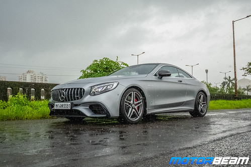 2019-Mercedes-AMG-S63-Coupe-18