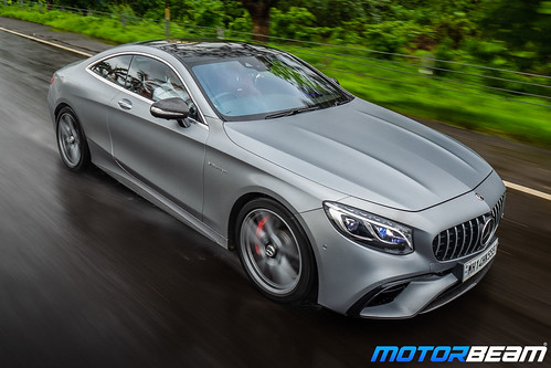 2019-Mercedes-AMG-S63-Coupe-11