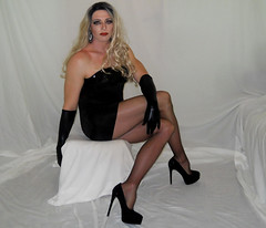 Tranny (queen.catch) Tags: tranny dragqueen pantyhose hosiery heels minidress trannyheels wig shemale catchqueen crossdresser youtuber shinylycra nylonlegs legsfordays ladyboy