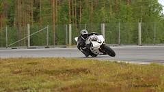 7IMG9689 (Holtsun napsut) Tags: motorg kemora trackdays holtsun napsut eos7d ef100400lmk2 summer kesä ajoharjoittelu moottoripyörä org suom finland ratapäivä motorsport motorbike bike panning shot hihgspeed hobby ajotaito