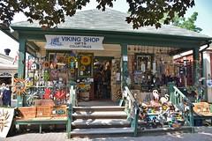 Viking Shop on 76 Queen Street, Niagara on the Lake, ON (Snuffy) Tags: vikingshop 76queenstreet niagaraonthelake ontario canada musictomyeyes