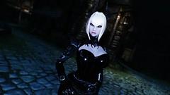 Edina Ferwind (XMymy007X) Tags: skyrim enb tesv lady sexy black latex