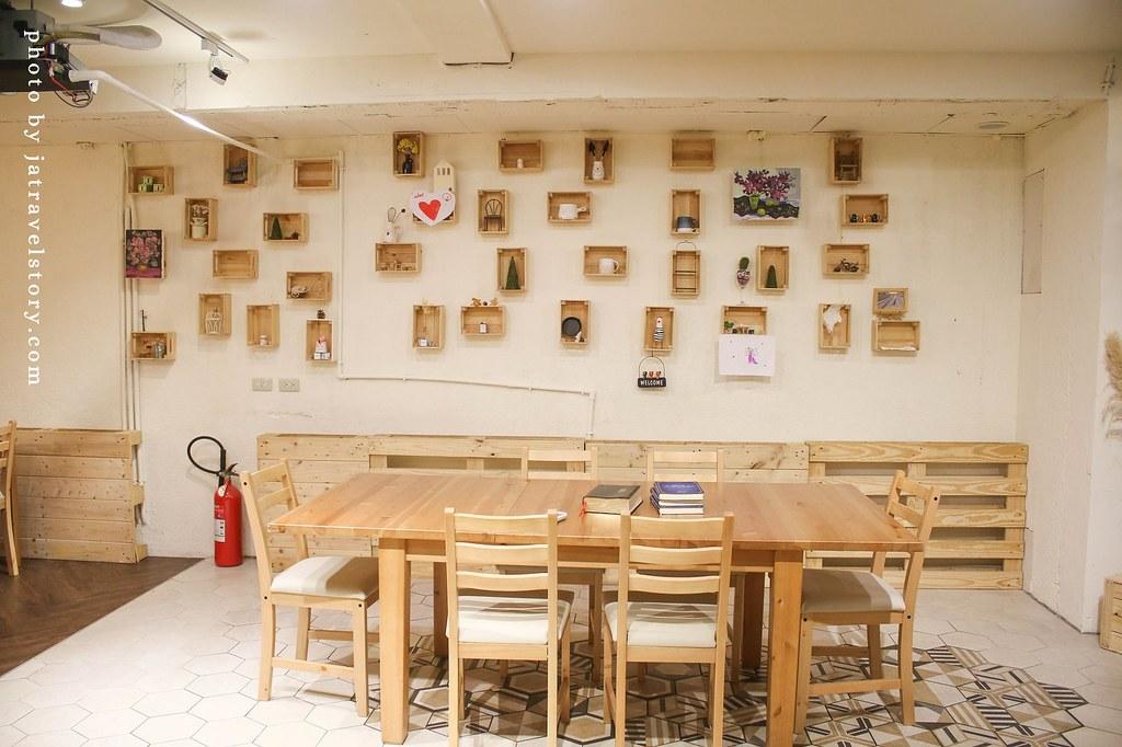 KOKU café 榖珈琲 山苦瓜舒芙蕾鬆餅結合桂花蜜,甘甜清爽不苦!【捷運大安/捷運忠孝復興】 @J&A的旅行