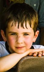 T'as de beaux yeux, tu sais! (dominiquita52) Tags: boy portrait eyes child streetphotography enfant garçon yeux stare regard