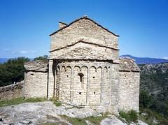 Sant Andreu de Biscarri – Isona i Conca Dellà (Manel i Pilar) Tags: cel muntanyes vistes natura arquitectura edifici església romànic