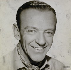 Fred Astaire (Arquivo Nacional do Brasil) Tags: fredastaire dança música cinema movie film music dancer arquivonacional arquivonacionaldobrasil nationalarchivesofbrazil nationalarchives história memória históriadocinema