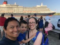 Cunard Queen Elizabeth (brownpau) Tags: iphonex cunard cruise ship queenelizabeth canada novascotia halifax halifaxharbour ships selfie brownpau amykow ezra ezraordo pauloamyandezra