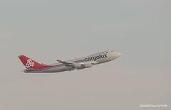 Boeing 747-400F Cargolux (Moments de Capture) Tags: boeing 747400f b747 747 cargolux aircraft plane avion aeroport airport spotting lfpg cdg roissy charlesdegaulle onclejohn canon 5d mark3 5d3 mk3 momentsdecapture