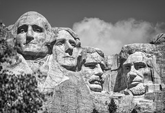 Mount Rushmore (TCeMedia/Telecide) Tags: mount rushmore keystone south dakota soday sd sculpture monochrome blackwhite sky clouds national monument