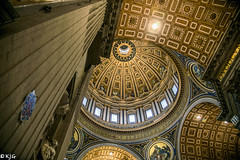 Saint Peters Dome (scottishkennyg) Tags: saintpeters saintpetersbasilica rome vatican dome