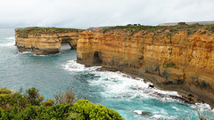 Loch Ard Gorge II (witajny) Tags: 2018 australia beach clouds cloudy cloudysky coast greatoceanroad landscapephotography lanscape naturalphenomena nature naturephotography pacificocean people portcampbellnationalpark rocks sea sky travel viewpoint water fog foggy