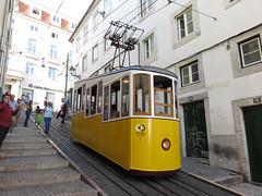 Carris_Cable_car_Bica_Lisbon_tram_Portugal  (3) (OOMYV) Tags: cablecar carris lisbon oomyv201709 pt portugal tram overseas railroad railway train ●海外 ケーブルカー トラム ポルトガル ポルトガルの鉄道 リスボン 列車 海外 路面電車 鉄道 リスボン地域