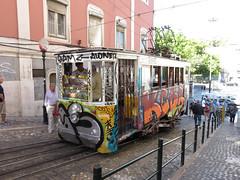 Carris_Cable_car_Gloria_Lisbon_tram_Portugal (3) (OOMYV) Tags: cablecar carris lisbon oomyv201709 pt portugal tram overseas railroad railway train ●海外 ケーブルカー トラム ポルトガル ポルトガルの鉄道 リスボン 列車 海外 路面電車 鉄道 リスボン地域
