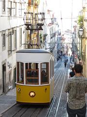Carris_Cable_car_Bica_Lisbon_tram_Portugal  (1) (OOMYV) Tags: cablecar carris lisbon oomyv201709 pt portugal tram overseas railroad railway train ●海外 ケーブルカー トラム ポルトガル ポルトガルの鉄道 リスボン 列車 海外 路面電車 鉄道 リスボン地域
