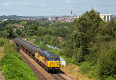 56049 and 56087 approach Oakenshaw. (Chris Firth of Wakey.) Tags: oakenshaw 56049 56087 class56