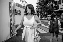 Tokyo city life 2019 (harumichi otani) Tags: bw blackandwhite bwphotography streetphotography street streetphoto summaron28
